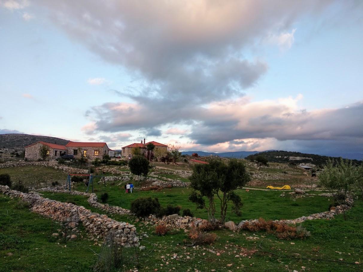 Camps d'automne 2018 : Découverte de la montagne et écotourisme à Karies Lakonias-4