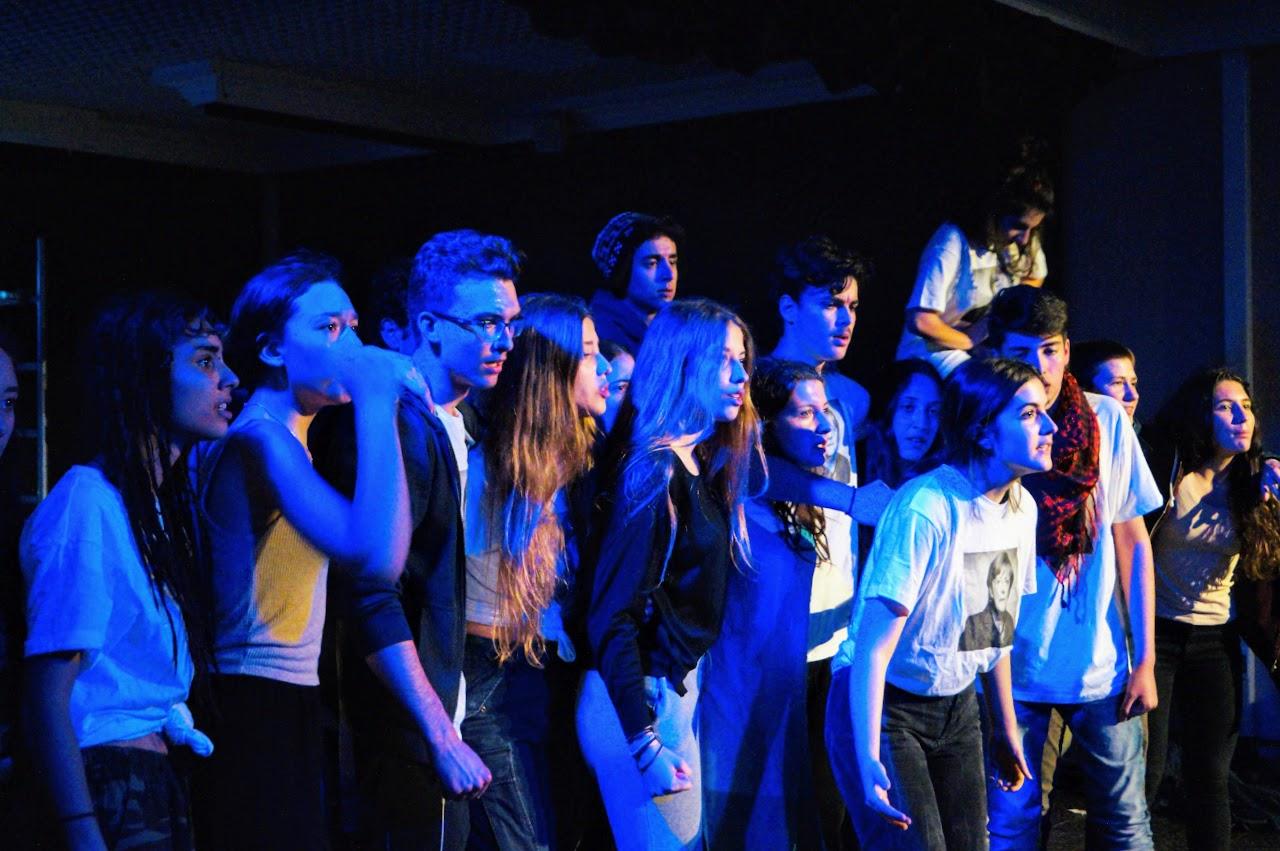 Migraaaants : le spectacle des Terminales option théâtre-12