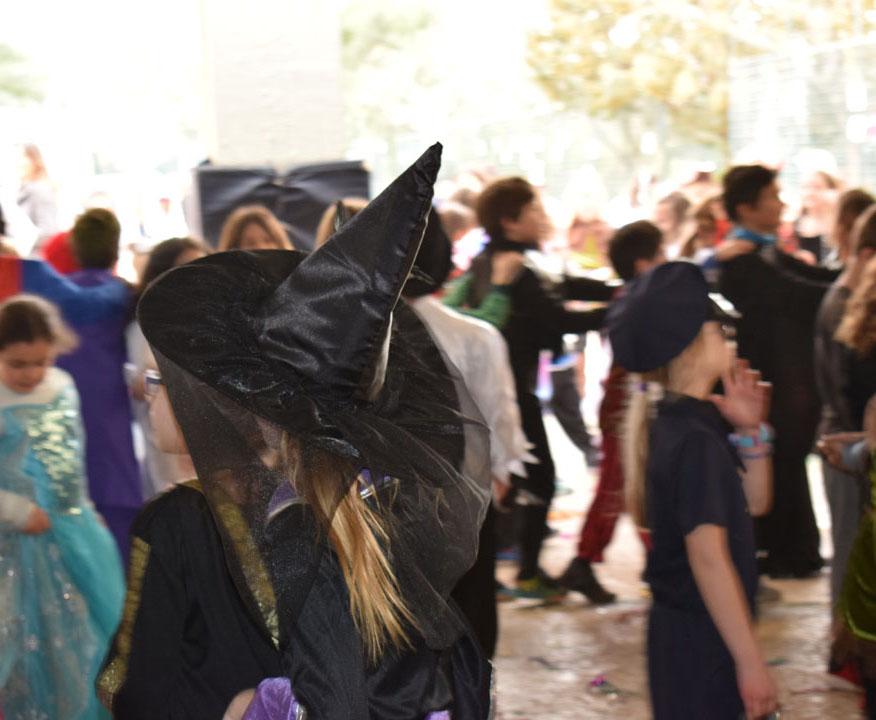 Le carnaval bat son plein au LFHED !-26