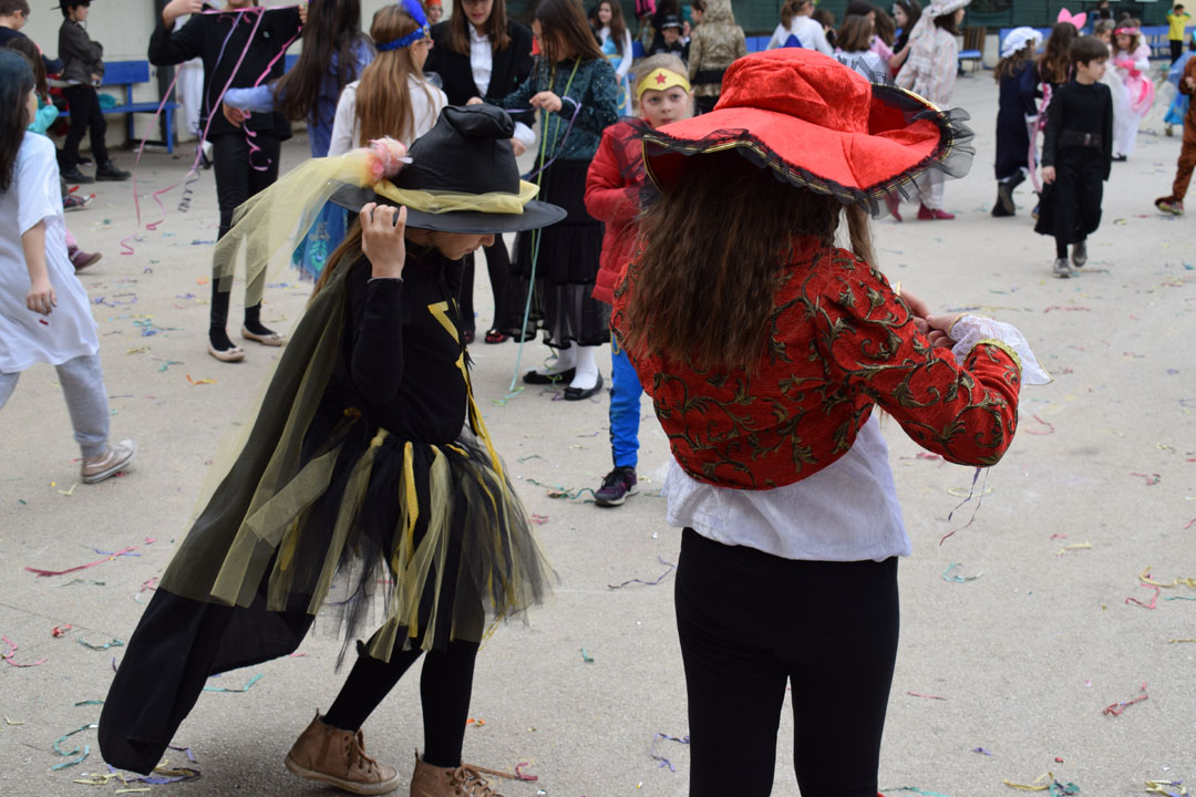 Le carnaval bat son plein au LFHED !-17