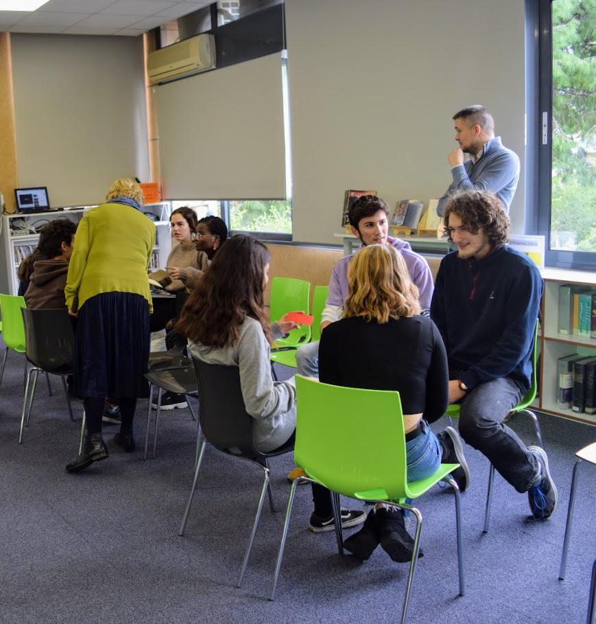 Journée de l'amitié franco-allemande : les élèves germanistes du LFHED rencontrent leurs partenaires de la Deutsche Schule Athen-5