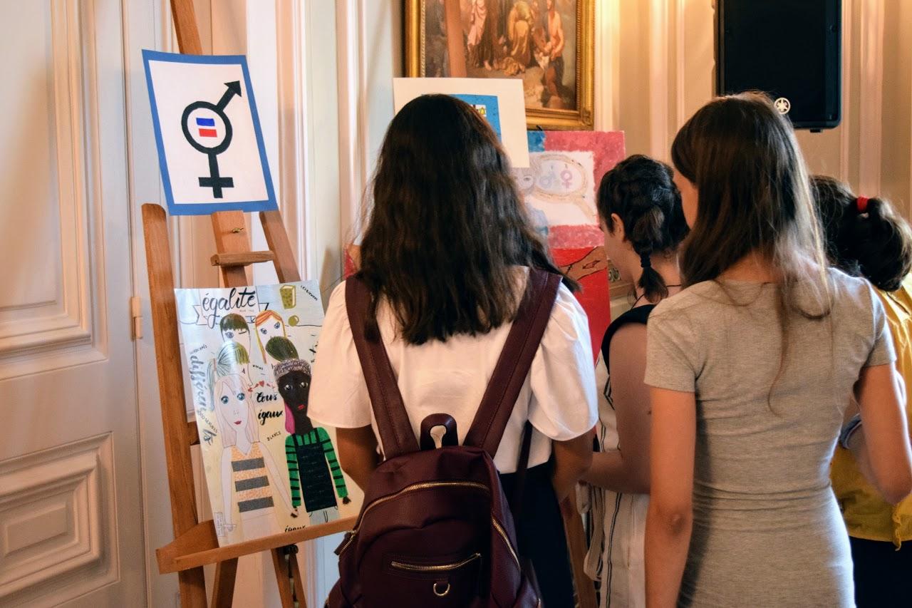 Nos élèves participent au concours de dessin lancé par l'Ambassade sur le thème de l'égalité-27