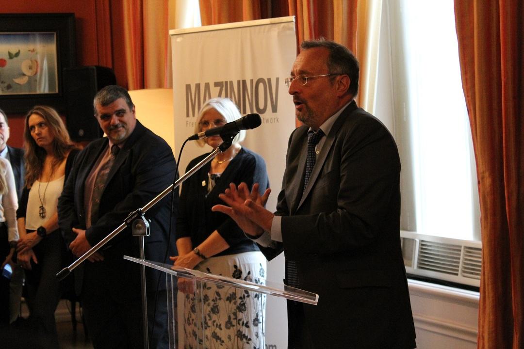 Οι τελειόφοιτοι μαθητές του Γαλλικού και του Ελληνικού τομέα, δέχθηκαν τα συγχαρητήρια από τον Πρέσβη της Γαλλίας-10