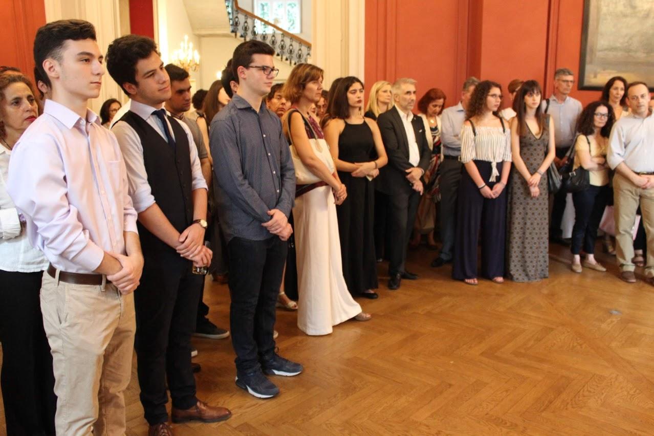 Οι τελειόφοιτοι μαθητές του Γαλλικού και του Ελληνικού τομέα, δέχθηκαν τα συγχαρητήρια από τον Πρέσβη της Γαλλίας-12