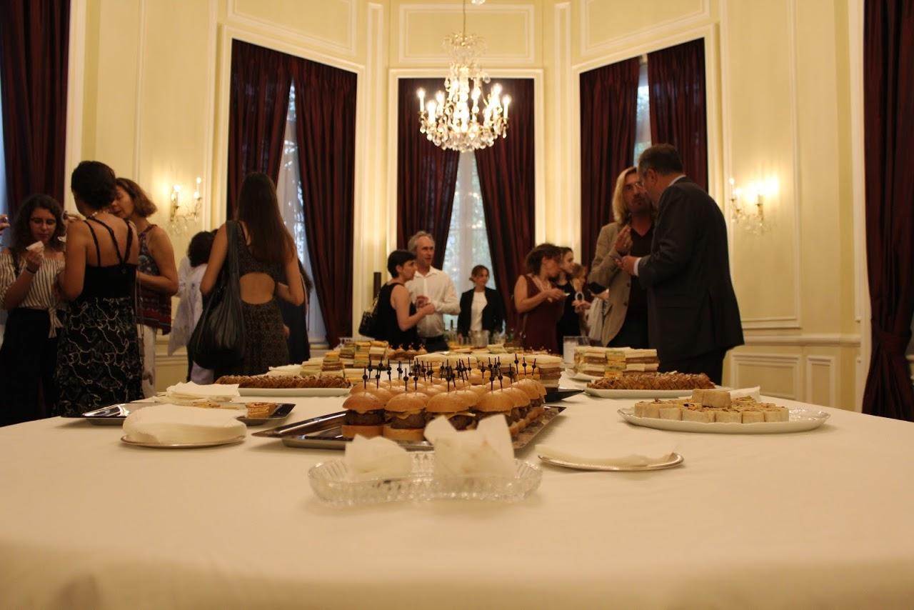 Οι τελειόφοιτοι μαθητές του Γαλλικού και του Ελληνικού τομέα, δέχθηκαν τα συγχαρητήρια από τον Πρέσβη της Γαλλίας-16