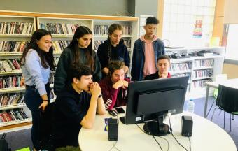 Nos élèves de 1ère des sections française et hellénique couvrent la XXe édition du Festival du Film Francophone-16
