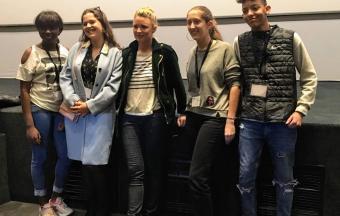 Nos élèves de 1ère des sections française et hellénique couvrent la XXe édition du Festival du Film Francophone-21