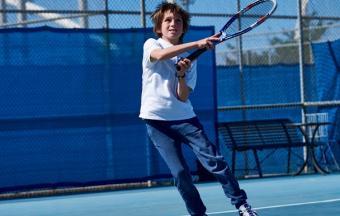 Victoire de nos élèves au tournoi de tennis inter-établissements d'OAKA-1