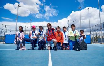 Victoire de nos élèves au tournoi de tennis inter-établissements d'OAKA-0