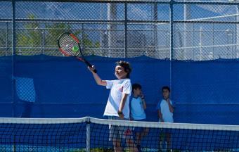 Victoire de nos élèves au tournoi de tennis inter-établissements d'OAKA-6