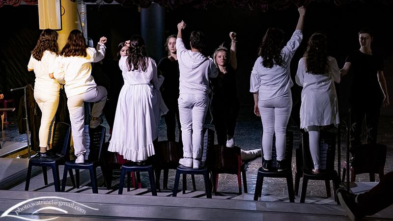 Les élèves de 1ère option théâtre présentent le spectacle « ANIMUS ANIMA »-12