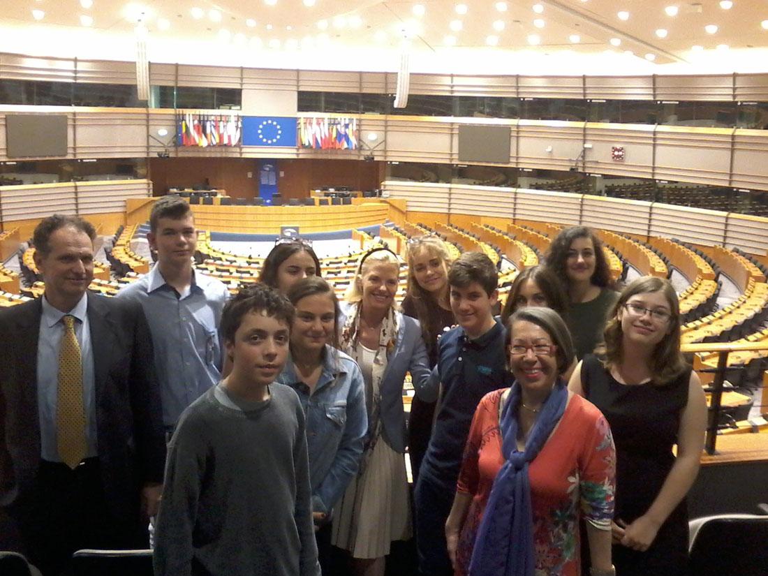 La classe de 3e1 OGALCH invitée au Parlement européen-2