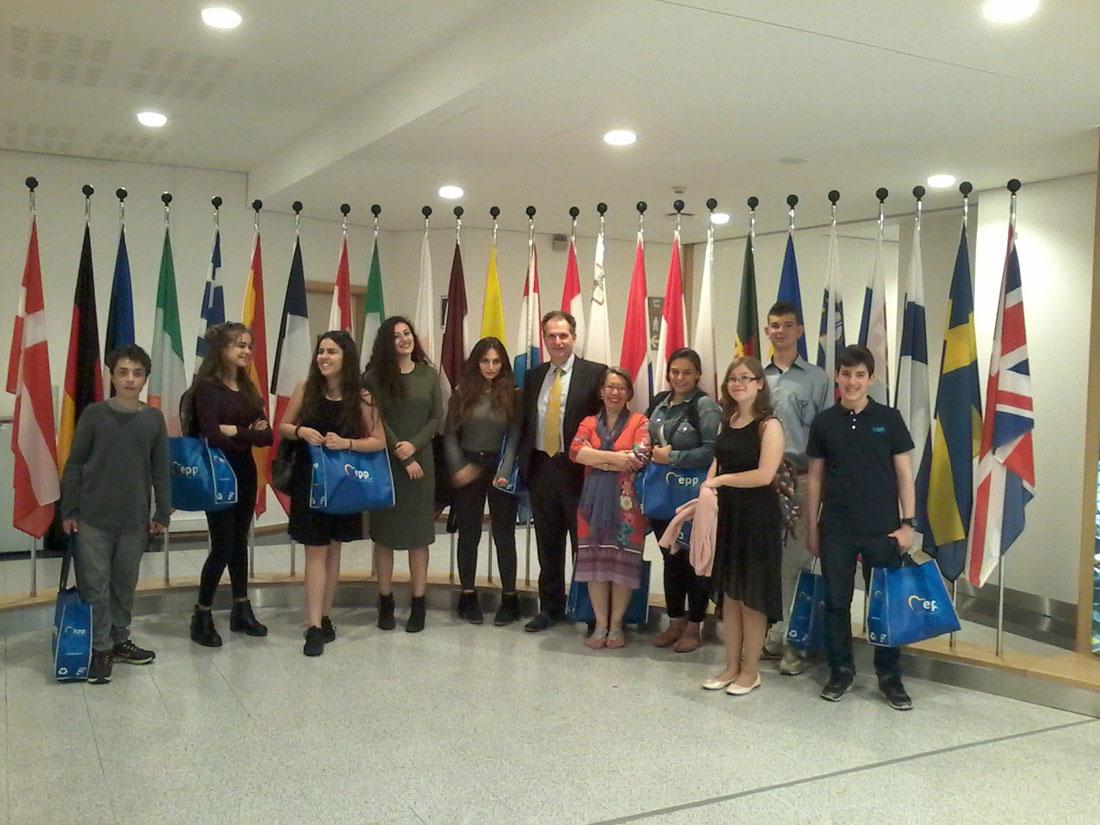 La classe de 3e1 OGALCH invitée au Parlement européen-0