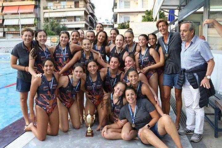 4 μαθήτριες του LFHED πρωταθλήτριες υδατοσφαίρισης !-2