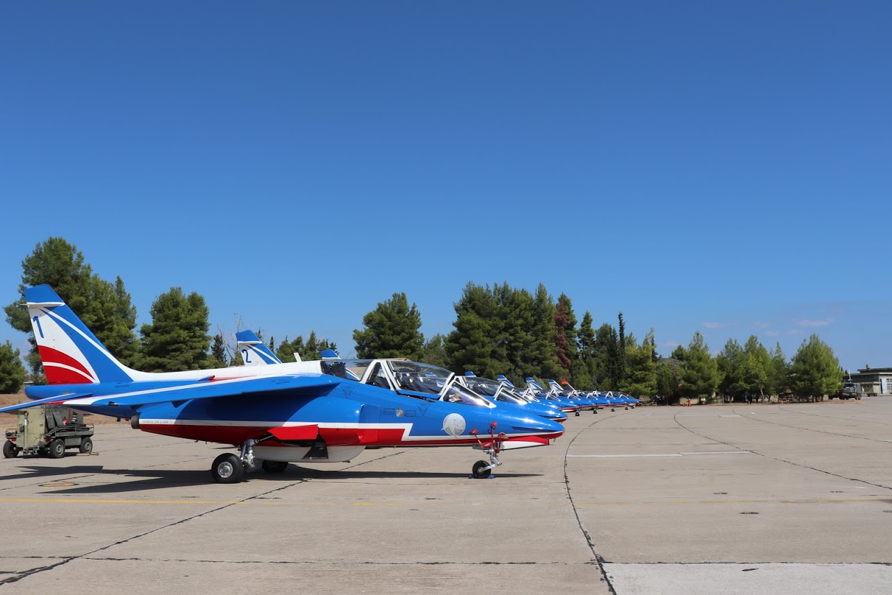 Nos élèves vidéastes interviewent les pilotes de la Patrouille de France-3