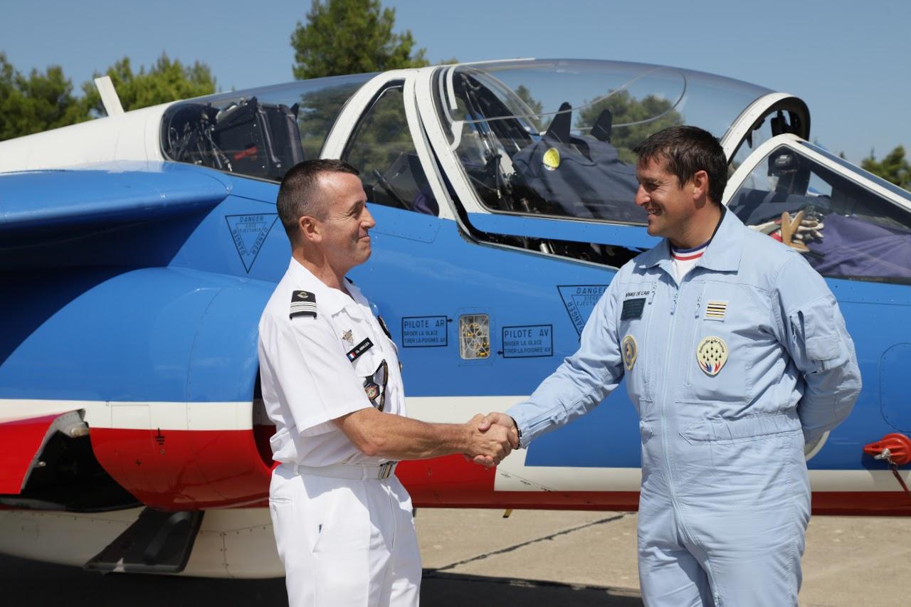 Nos élèves vidéastes interviewent les pilotes de la Patrouille de France-11