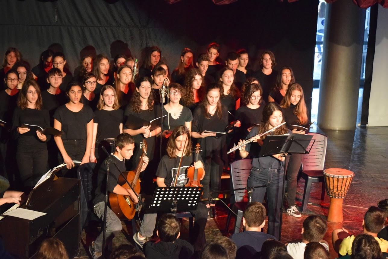 Οι μαθητές του LFHED τιμούντην επέτειοτου ΟΧΙ-7