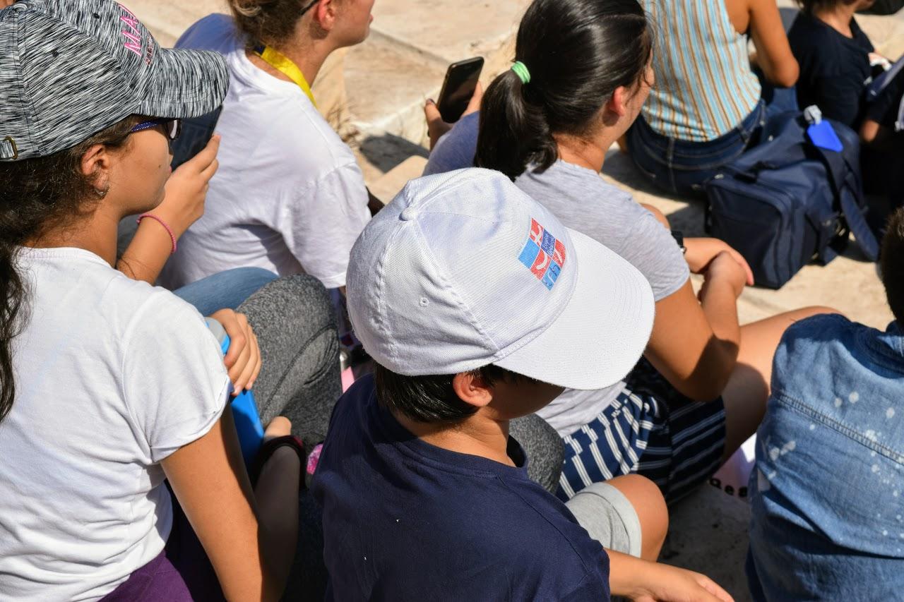 Les élèves de 5e assistent à l'allumage de la flamme pour les JO de la Jeunesse à Lausanne -1