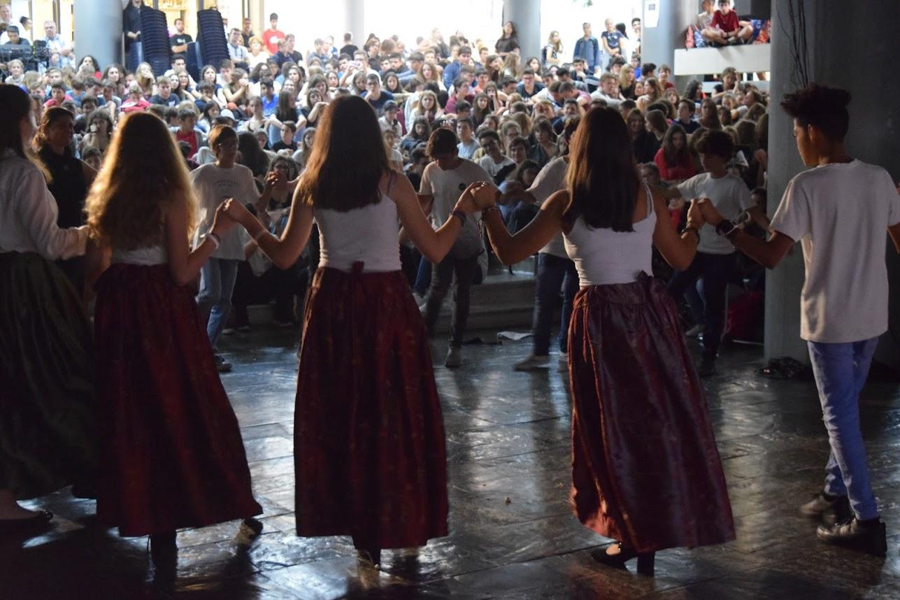 Οι μαθητές του LFHED τιμούντην επέτειοτου ΟΧΙ-14