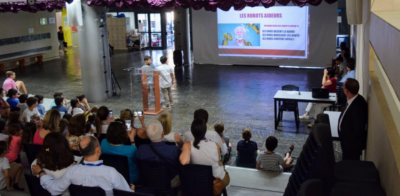 """Les élèves du primaire et du secondaire imaginent """"le monde en 2050""""-2"""