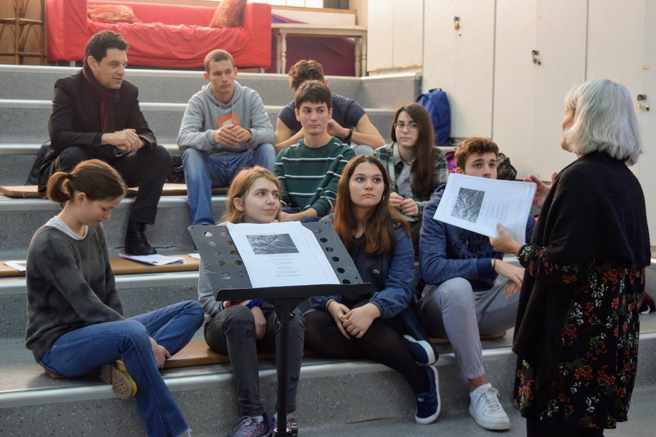 Atelier pédagogique de lecture de textes à voix haute avec Eric Cénat-4