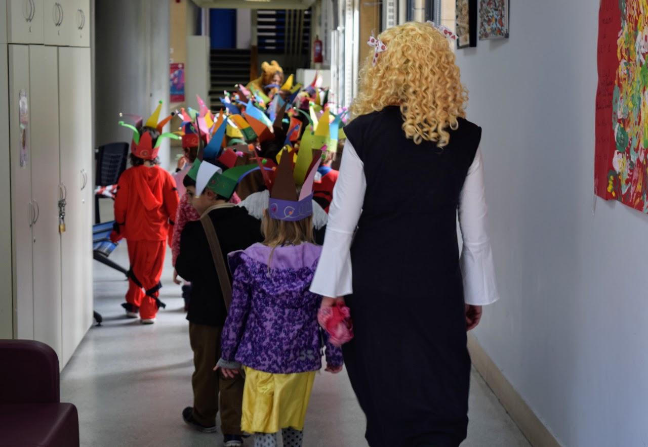 Jeux, danses et mascarades… L'école primaire du LFHED fête le carnaval !-21