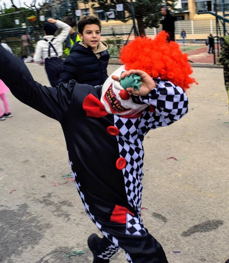 Παιχνίδια, χοροί και μεταμφιέσεις... Το δημοτικό σχολείο του LFHED γιορτάζει το καρναβάλι !-5