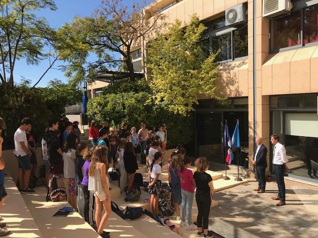 Notre école rend hommage au Président J. Chirac