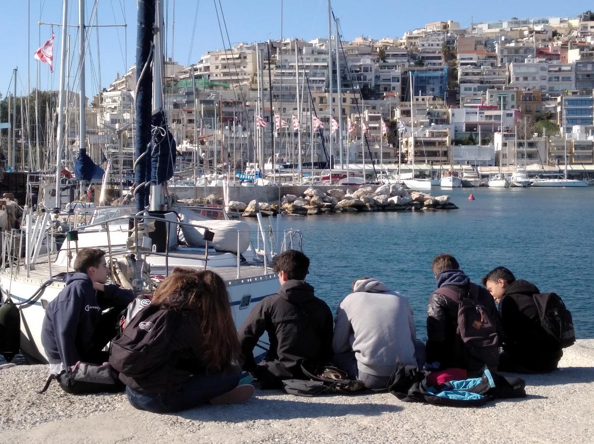«Η ειρήνη βήμα προς βήμα: Αθήνα »: η ταινία μικρού μήκους των μαθητών ιταλικών επιτέλους με υπότιτλους !-1