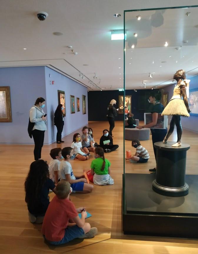 Les classes de CM2 en visite au Musée Goulandri-0