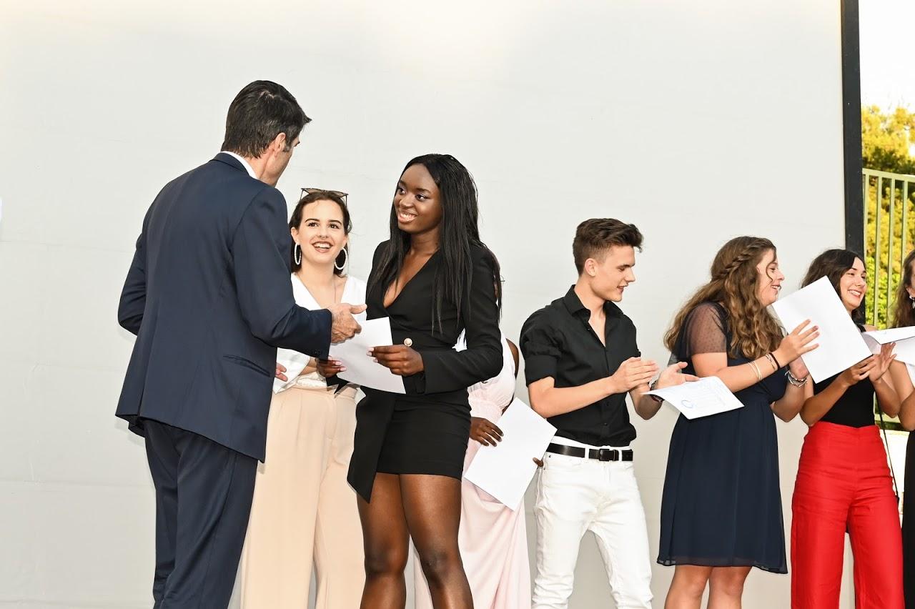 Soirée de remise des diplômes pour les Terminales promotion 2020 !-0