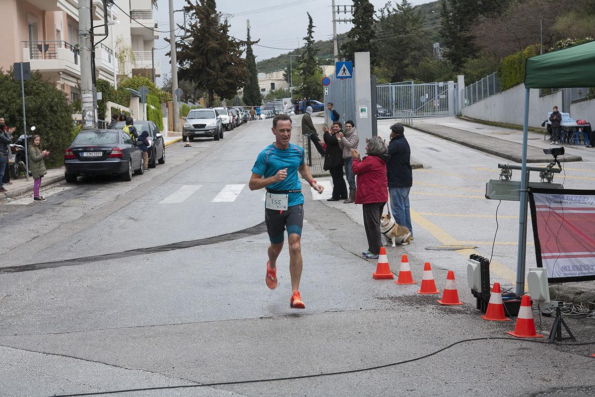 Beau succès pour la grande course du lycée franco-hellénique qui s'est déroulée le 12 mars-4