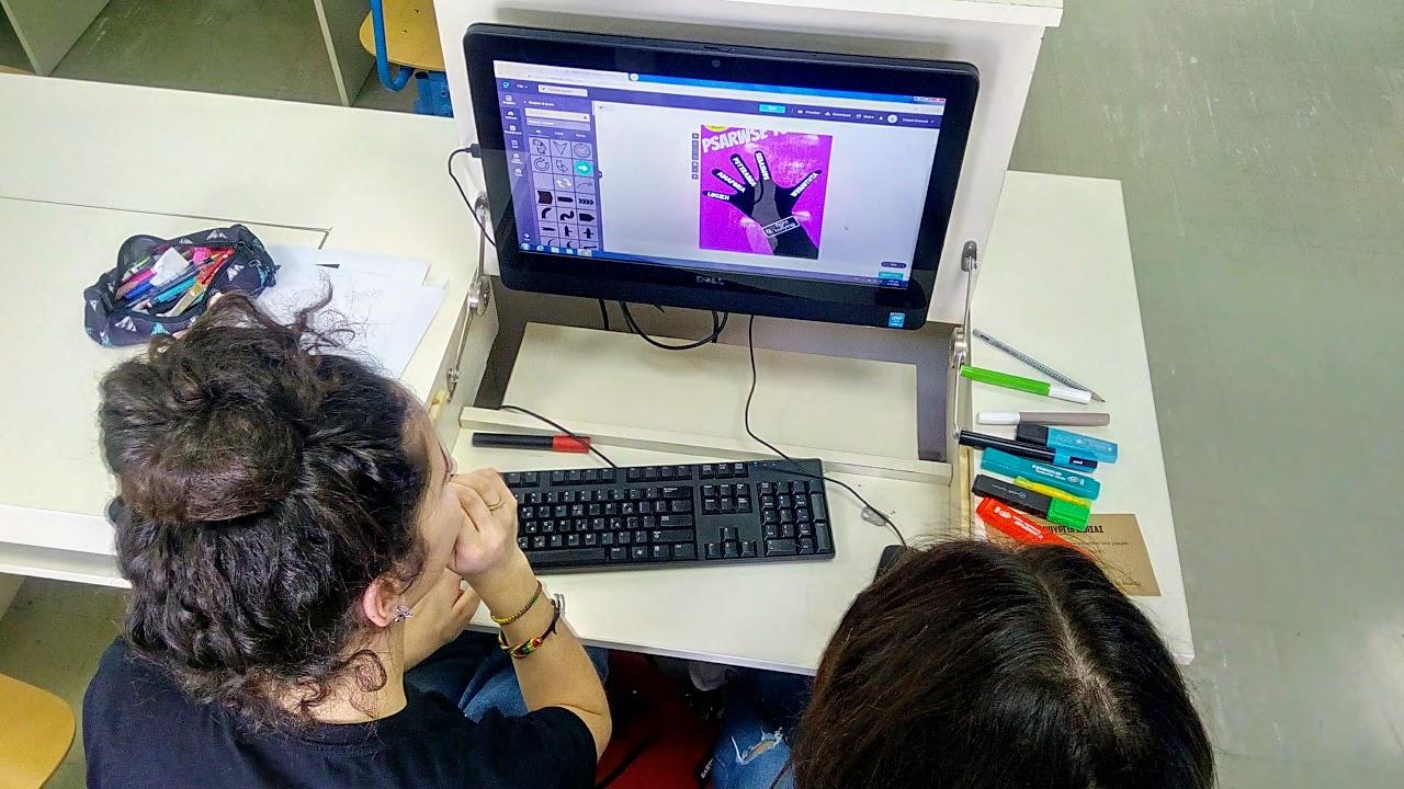 Les élèves de la Section Hellénique créent leurs affiches contre le cyberharcèlement-11