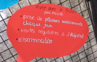 Une journée Action sida organisée par 3 élèves au LFHED -15
