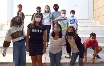 """Deux stagiaires italiennes Erasmus+ offrent aux élèves un premier atelier """"maquillage de scène""""-7"""