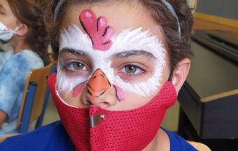 """Deux stagiaires italiennes Erasmus+ offrent aux élèves un premier atelier """"maquillage de scène""""-2"""