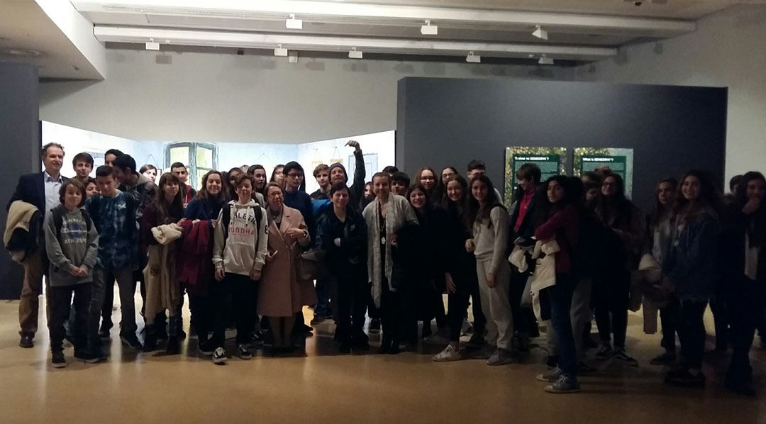 """Les classes de 4ème à l'exposition """"Van Gogh Alive"""""""