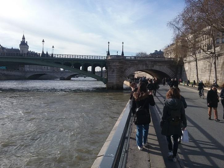 «Traversées Parisiennes» -0
