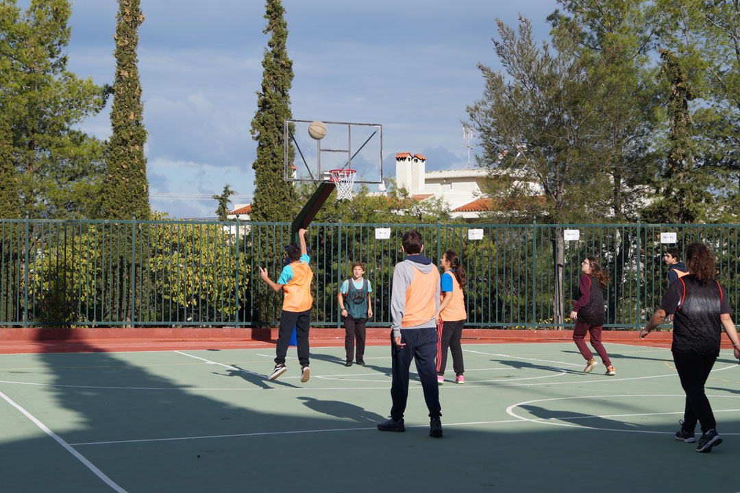 La 1ère session des Olympiades a réuni les élèves de 3ème et de Γ΄-8