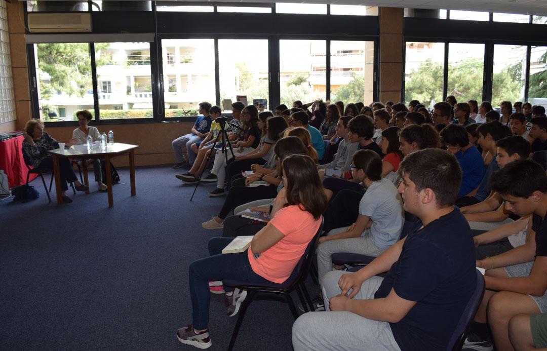 Promenade littéraire autour de l'oeuvre de l'écrivain Alki Zei et rencontre de nos élèves avec l'auteur-4
