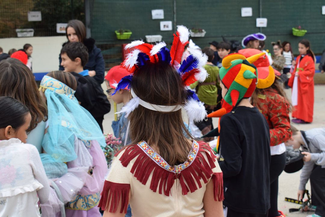Le carnaval bat son plein au LFHED !-0