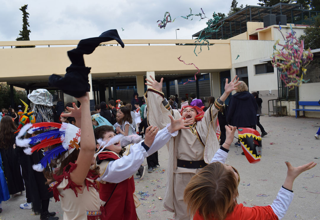 Le carnaval bat son plein au LFHED !-33