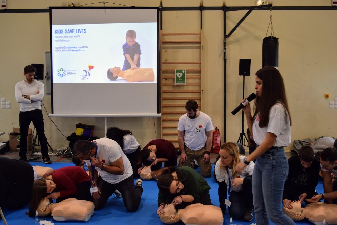 """Nos élèves apprennent à """"Sauver des vies""""-0"""
