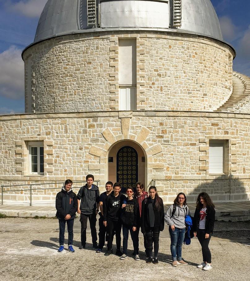 Les élèves du club de météorologie en visite à l'Observatoire astronomique de Penteli-0