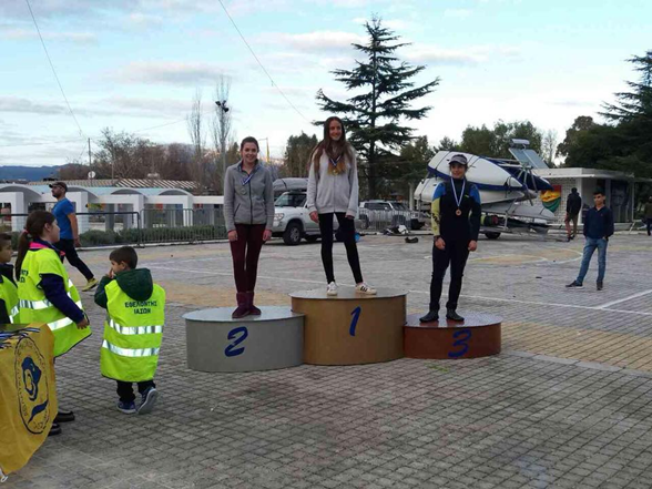 Catherine Drakopoulou remporte la 2nde place à la régate U16 Test Event - Laser 4.7 Youth European Championship-0