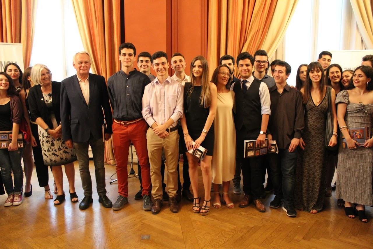Nos élèves de Terminale des sections française et grecque félicités par M. L'Ambassadeur de France en Grèce-14