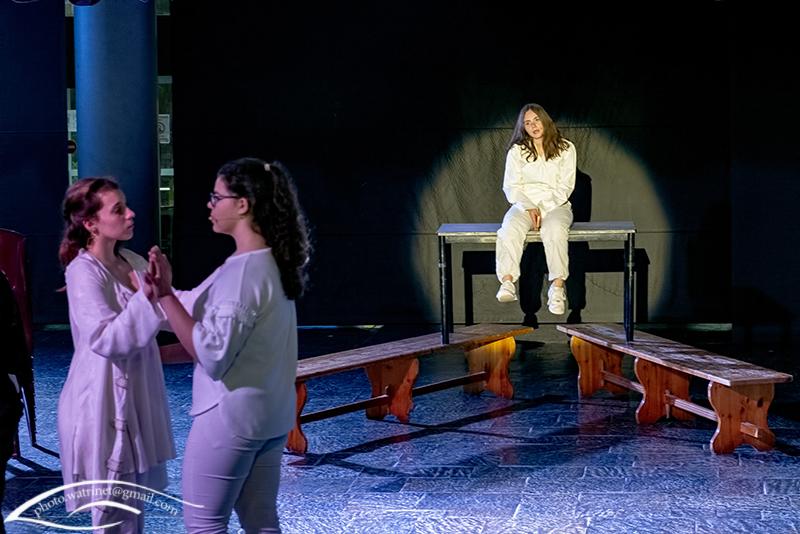 Les élèves de 1ère option théâtre présentent le spectacle « ANIMUS ANIMA »-7